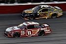 NASCAR Cup Хэмлин одержал победу в Дарлингтоне, Труэкс выиграл регулярный сезон