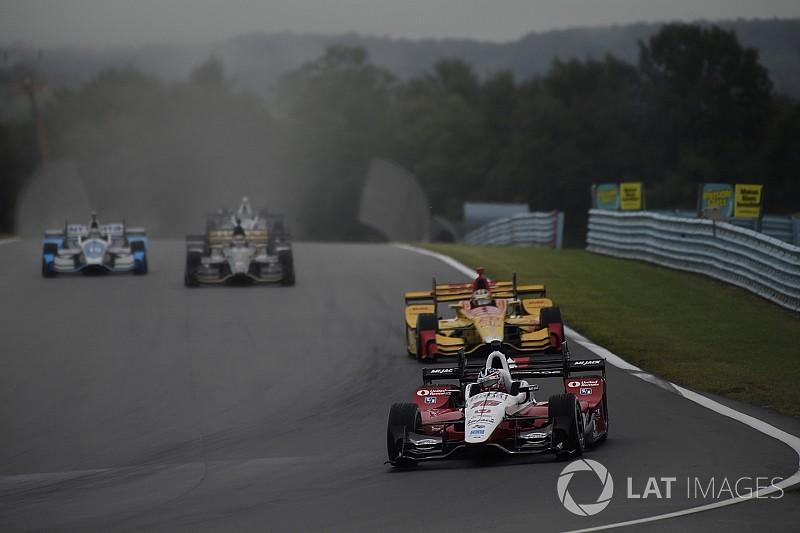 Firestone anuncia novo pneu de chuva para Indy em 2018