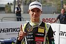 F3-Euro Norris domina la clasificación de Nurburgring en mojado
