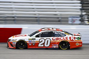 NASCAR Cup Race report Kenseth leads the entirety of Stage 1 at Richmond
