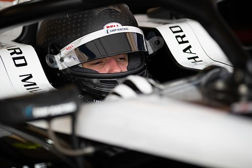 Smolyar lidera el primer día del test de F3 en Austria