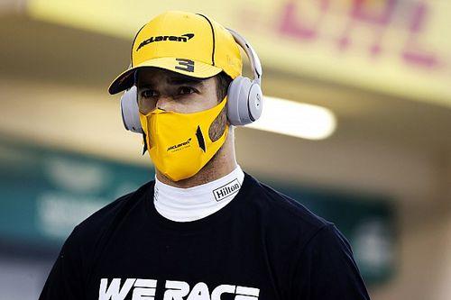"""Ricciardo detona """"idiotas"""" por trás das mídias sociais da F1 e critica Drive to Survive"""