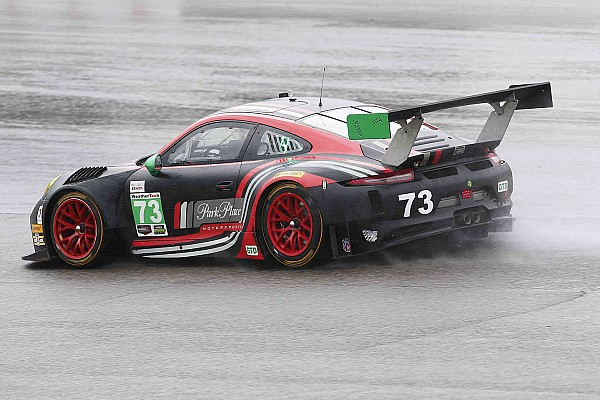 Park Place pulls Porsche 911 from VIR race