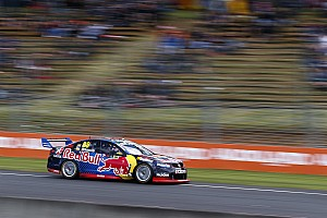 Supercars Race report Pukekohe Supercars: Whincup cruises to Race 1 win