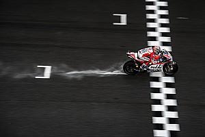 MotoGP Résumé de course Course - Dovizioso mène un doublé Ducati et maintient le suspense !