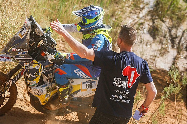 "Merzouga Rally: Leading duo collide in ""crazy"" stage finish"