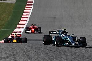 Videón a Bottas-Ricciardo csata: ez nem volt szabálytalan?