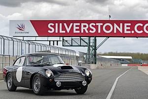 Auto Actualités Vidéo - Les nouvelles Aston Martin DB4 GT en piste à Silverstone