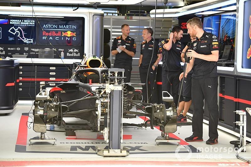 Verstappen y Red Bull vuelven a la especificación B de Renault