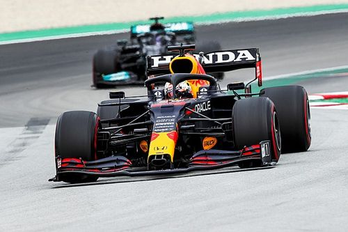 Mercedes wijst op onderlinge verschillen met Red Bull