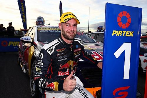 Tasmania Supercars: Van Gisbergen takes seventh straight win