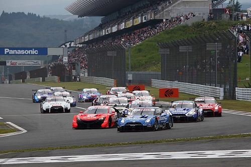 Super GT reveals 44-car entry list for 2021 season