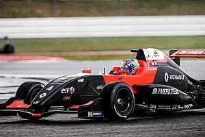 Formule Renault Raceverslag FR 2.0 Hungaroring: Aubry wint race twee, MP Motorsport-rijders buiten de punten