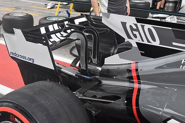 Haas con l'ala posteriore ad ala di gabbiano