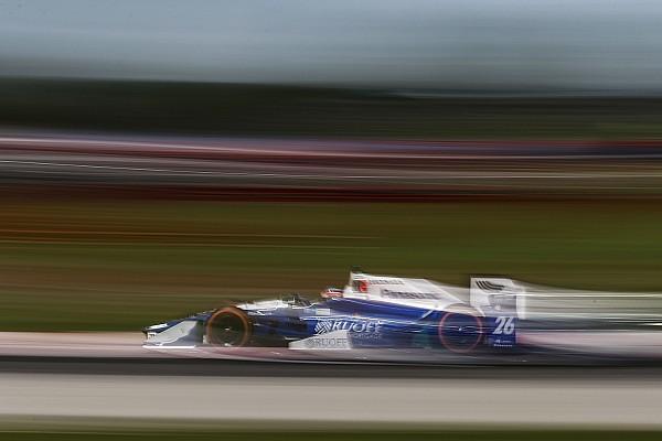 IndyCar Reporte de calificación Sato con la pole en Pocono, Chaves en octavo y Gutiérrez en 13°