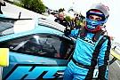 Porsche Rodrigo Baptista triunfa na abertura da Porsche GT3 Cup