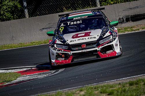 Tassi a 3. lett a WTCR zolderi szezonnyitóján, Michelisz a legjobb Hyundaiosként a 11.