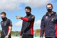 Hakkinen: talán nem Albonnal van a probléma, hanem a Red Bullal