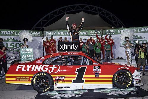 Josh Berry takes Vegas Xfinity win in JR Motorsports 1-2-3
