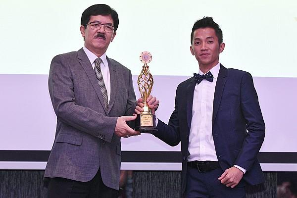 ARRC Breaking news Wahyu Aji Trilaksana dianugerahi penghargaan oleh FIM Asia