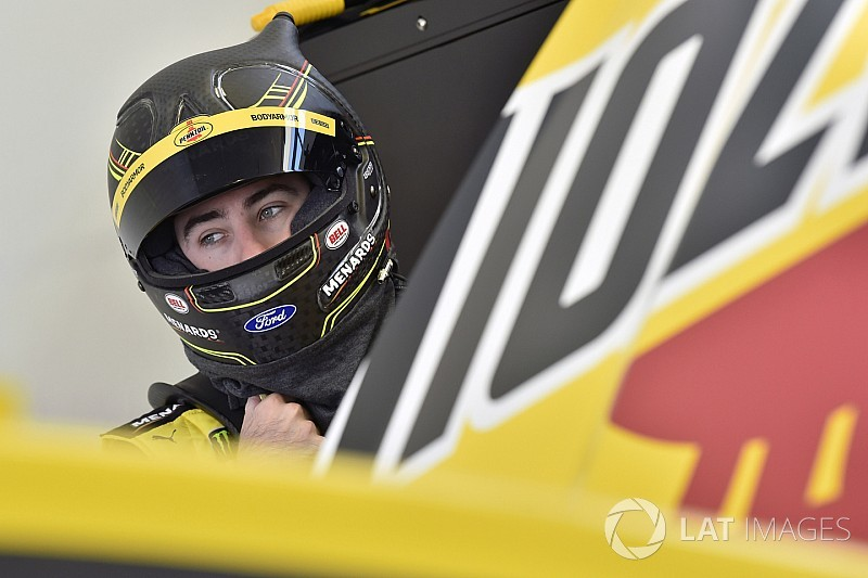 Pole-sitter Ryan Blaney paces final practice at Las Vegas
