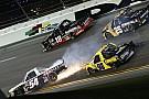 Завалы в NASCAR и полеты в WRC: лучшее видео уик-энда
