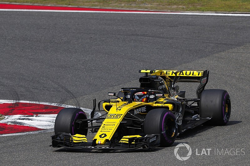 """Sainz says corner entry confidence """"not where it needs to be"""""""