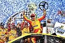 NASCAR Cup Joey Logano batte Kurt Busch e trionfa a Talladega