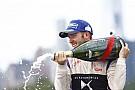 Берд во второй раз выиграл гонку Формулы Е в Нью-Йорке
