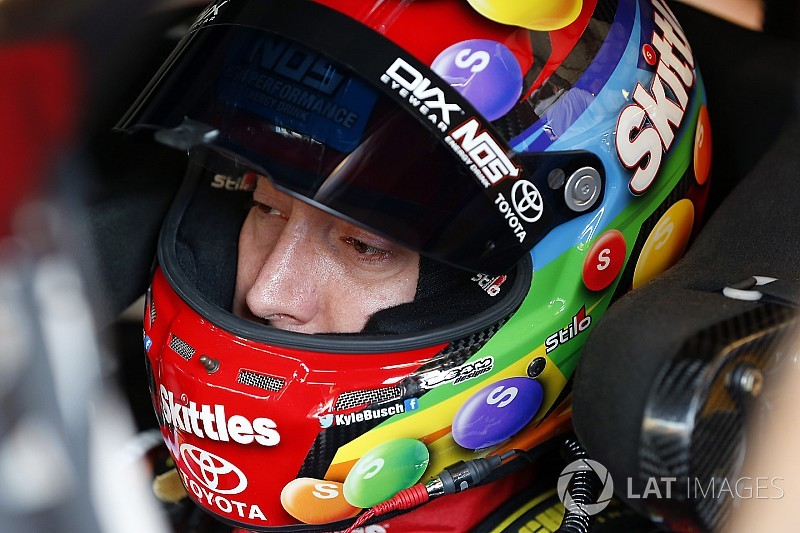 Kyle Busch leads the way in final practice at Chicagoland