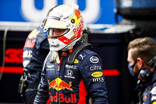 """Verstappen : """"Pérez s'est sorti tout seul"""""""