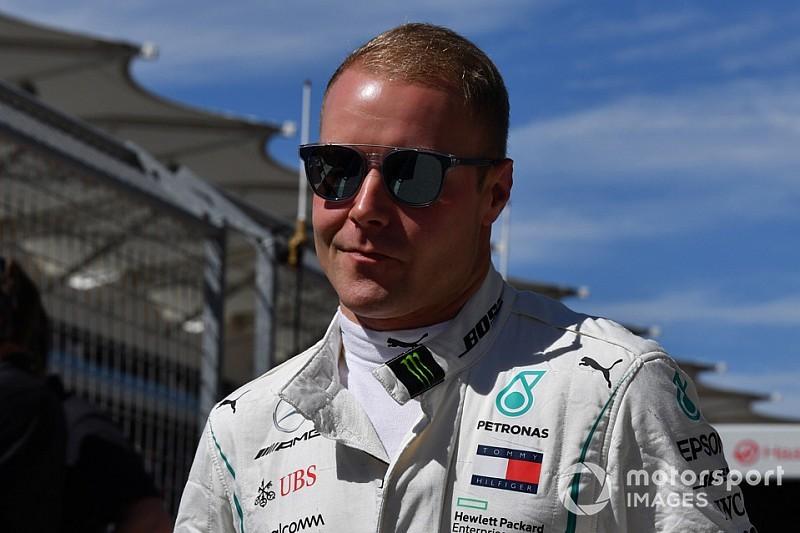 A Mercedes vegyes jelzéseket küld Bottasnak: veszélyben az ülése?!