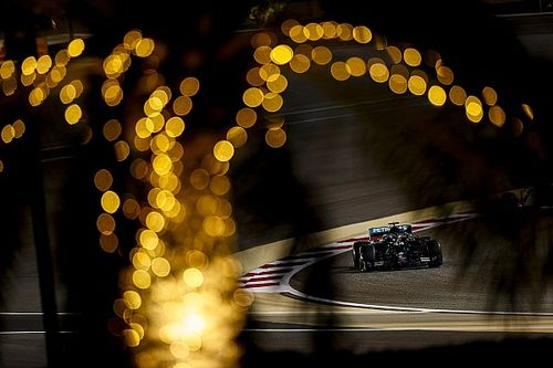 Bahreyn GP: Hamilton, 2020'deki 10. pole pozisyonunu aldı!