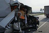Los hermanos Oncu salen casi ilesos de un grave accidente de coche