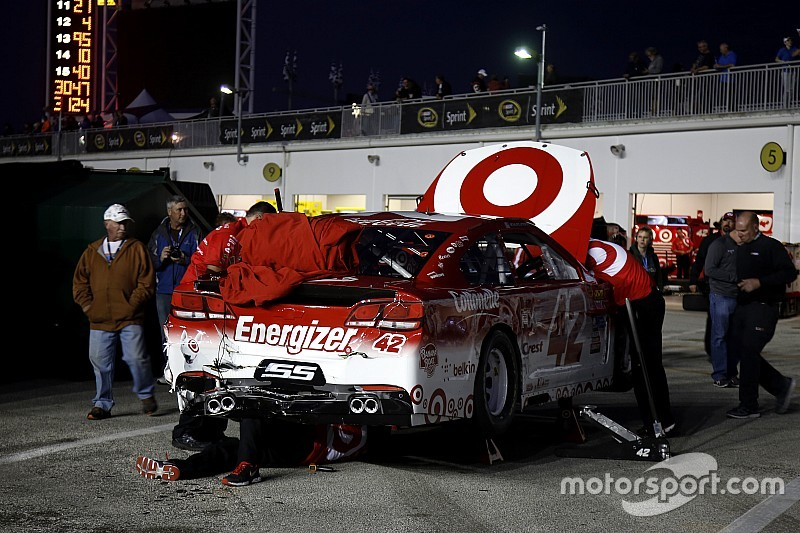 Multi-car wreck mars Wednesday's final Cup practice