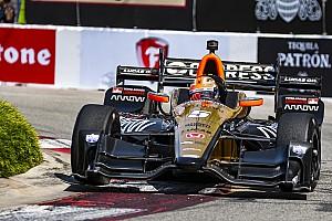 IndyCar Résumé de course Course - Hinchcliffe sort vainqueur de la bataille de Long Beach!