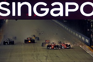 Webber: Vettel bazen aracın arkasının nerede olduğunu unutuyor!