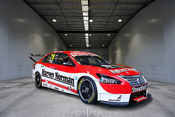 Retro livery revealed for de Silvestro Supercar