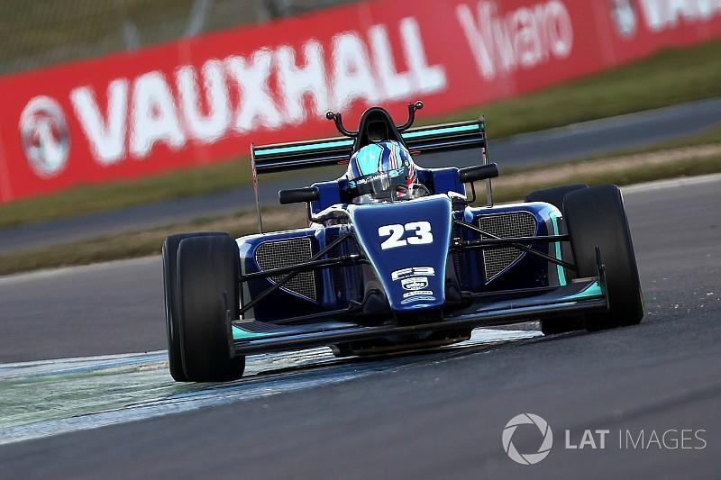 Monger seals F3 drive for Oulton Park opener