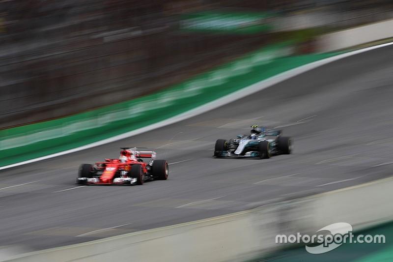 Теханаліз: нові підвіска Mercedes і переднє антикрило Ferrari