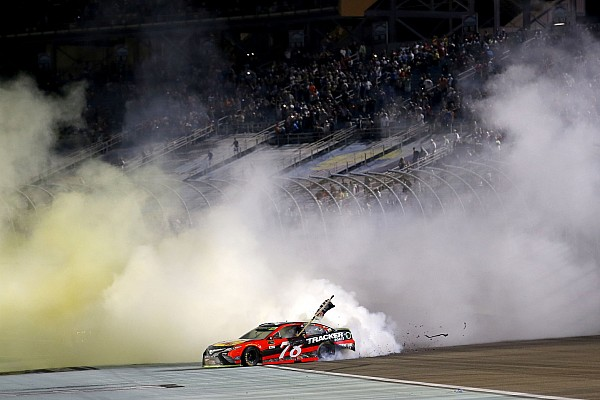 NASCAR Cup Special feature Top Stories of 2017, #15: Truex's remarkable title run