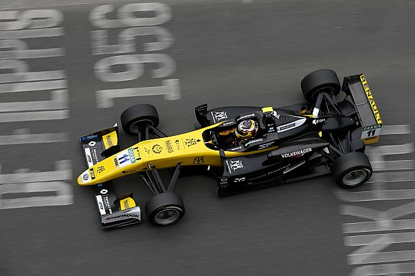 F3 Europe Pau F3: Fenestraz survives collision to claim maiden win