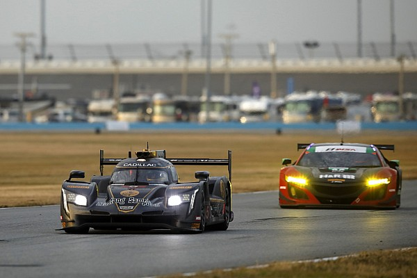 Rolex 24, Hour 18: AXR continues to dominate at sunrise