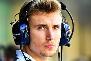 """Pai defende contratação de Sirotkin: """"Mais forte que Kubica"""""""
