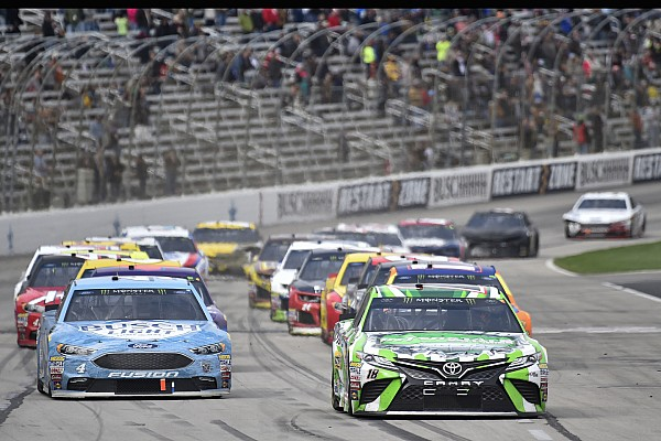 Roundtable: NASCAR's decision to admit missed call at Texas