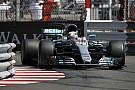 Формула 1 Хэмилтону помешало в квалификации «странное поведение» машины