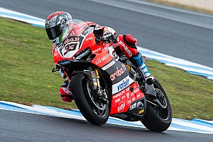 WSBK Ultime notizie Ducati: Melandri OK con gomma nuova. Davies forte sul passo gara