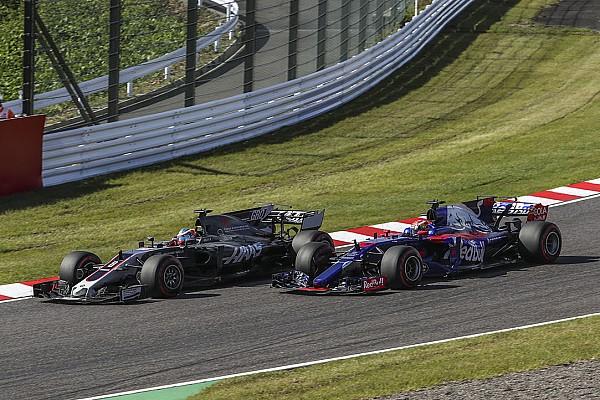 A Haas reméli, hogy a kezükre játszik Sainz csapatcseréje