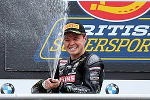 Moto2 Breaking news Kiefer Moto2 squad signs Mackenzie to replace Kent