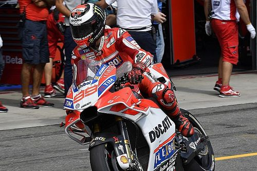 Lorenzo: MotoGP pitstops unsafe without F1-style culture